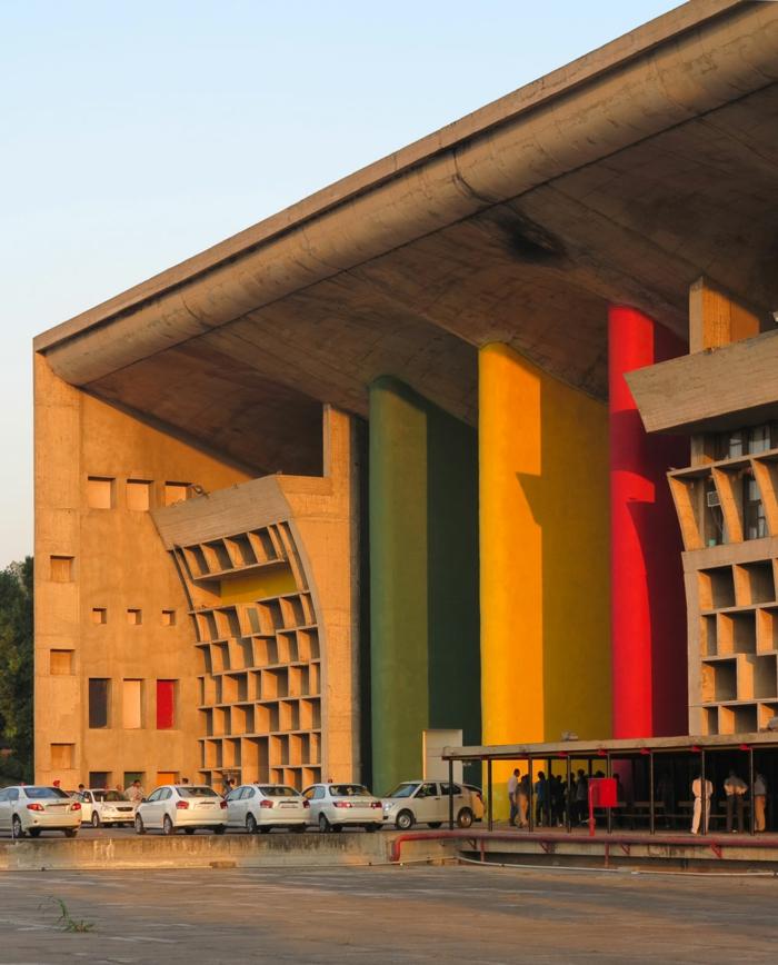 Le Corbusier justizpalast  India