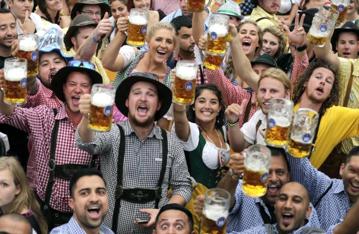 Oktoberfest München einprosit