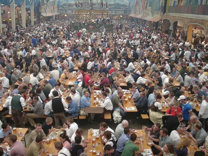 Oktoberfest München fetlich feiern