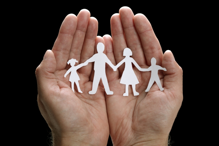 Scherenschnitt familie