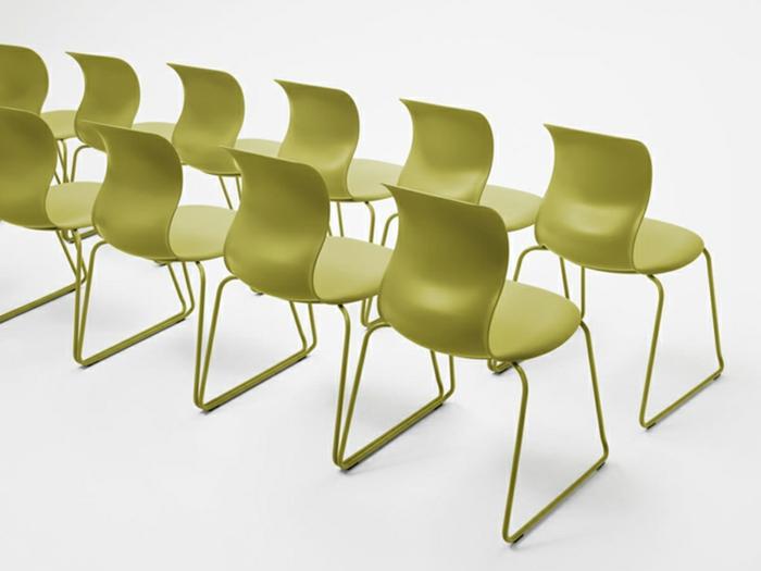 Schul möbel stühle grün Designer Stühle von Konstantin Grcic