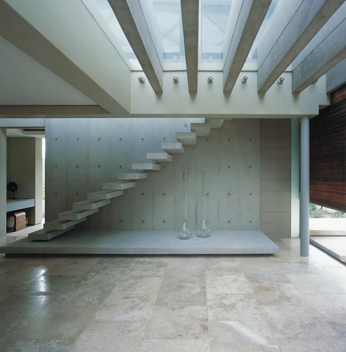 Schwebende Treppe stein treppe