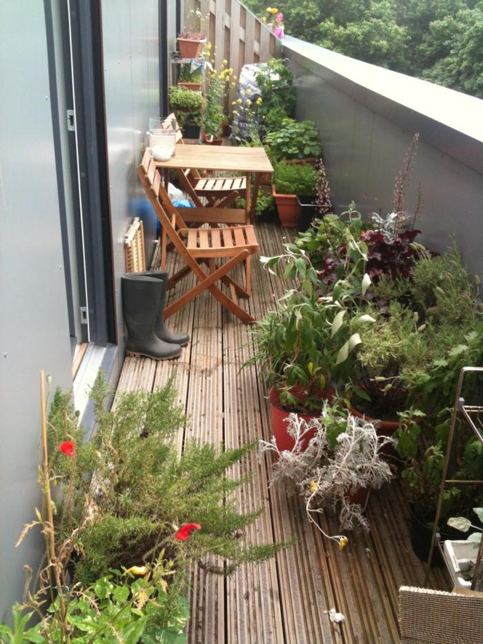Balkon deko ideen f r jede art balkongestaltung for Deko ideen mit pflanzen