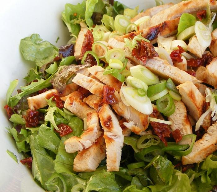 bauchfett weg hähnchenbrustfilet grüner salat