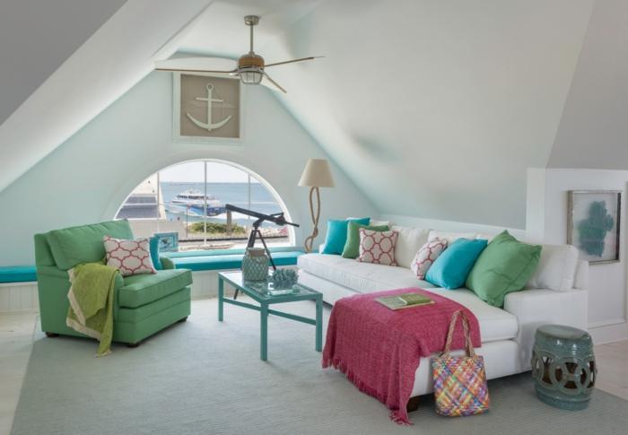 dachgeschoss einrichten wohnzimmer frische möbel helle wände