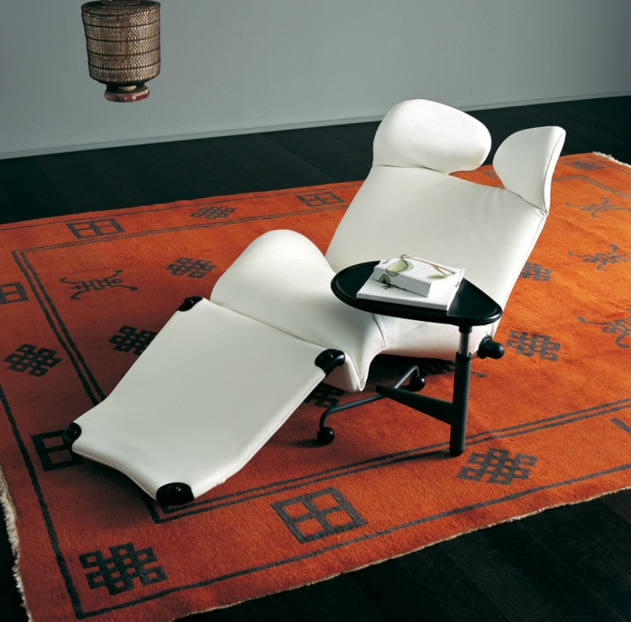 design relaxsessel weiß roter teppich einrichtungsideen
