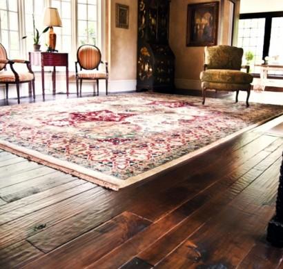 den dielenboden saubermachen und pflegen. Black Bedroom Furniture Sets. Home Design Ideas