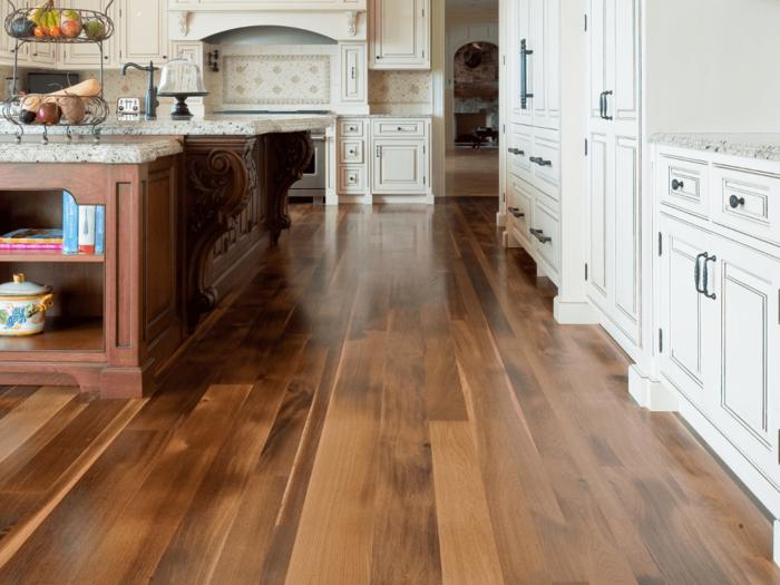 dielenboden saubermachen pflegen nützliche tipps