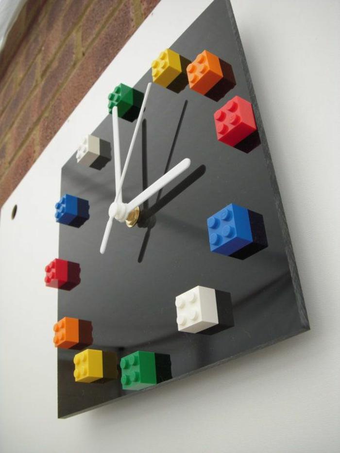Lego steine interessante tatsachen und kreative diy ideen - Wanduhr selber basteln ...