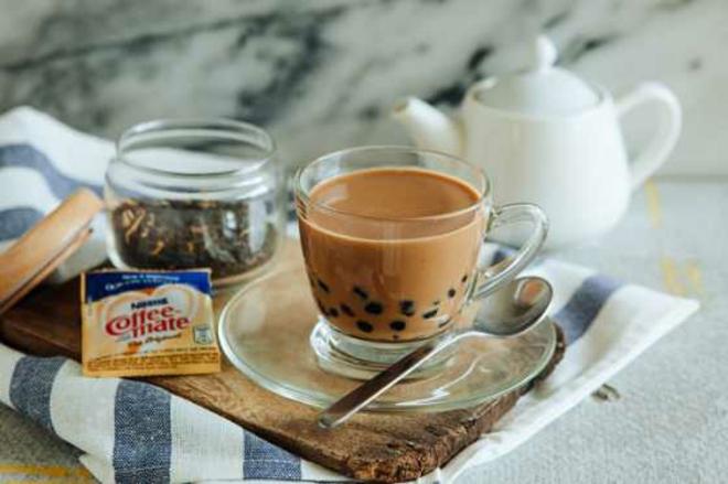 eine tasse kaffee trinken Kaffeespezialitäten in hong kong kaffe mode