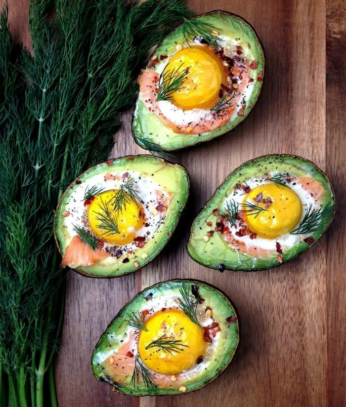 einfache kochrezepte gesunde ernährung avocado mit eier