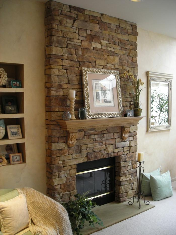 Kaminfeuer und passende deko um den kamin herum - Natursteinwand wohnzimmer ...