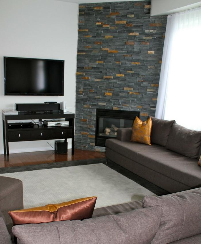 feuer im kamin modernes wohnzimmer elegante wohnzimmermöbel steine