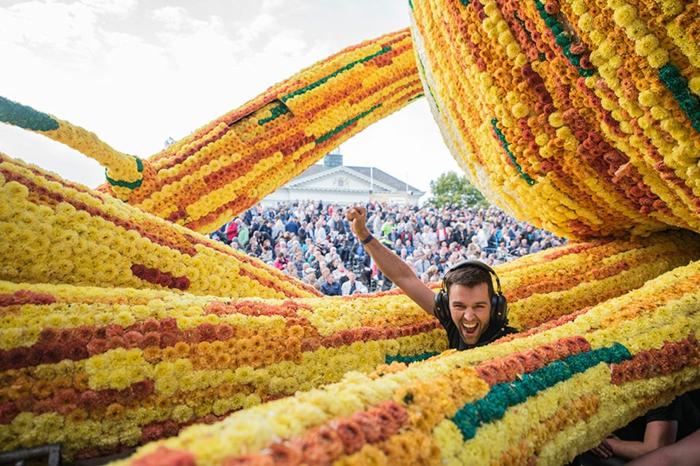 garten skulpturen blumen photo malou evers blumenparade die niederlande