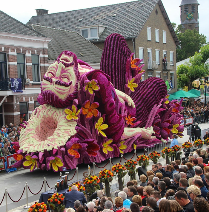 garten skulpturen erwin martens blumenskulpturen männliche figur blumenfestival