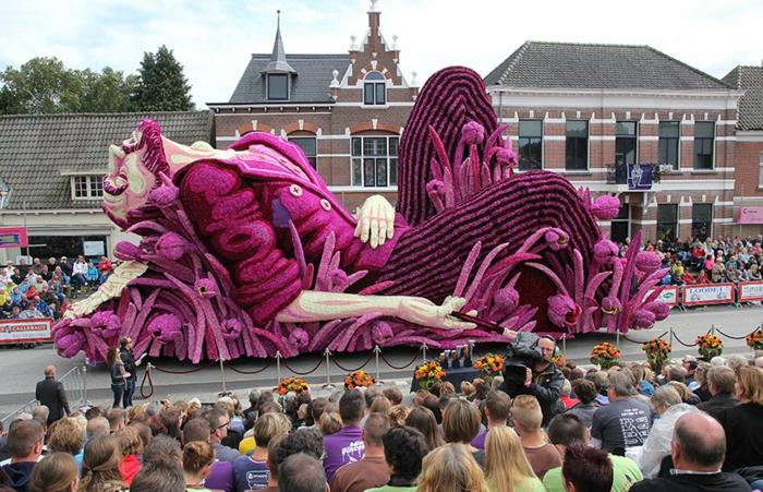 garten skulpturen photo werner pellis Van Gogh Bloemencorso Zundert