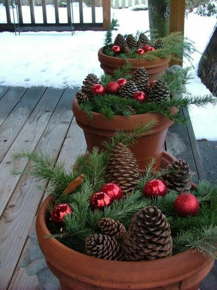 gartengestaltung mit topf pflanzen im winter blumentöpfe dekorieren