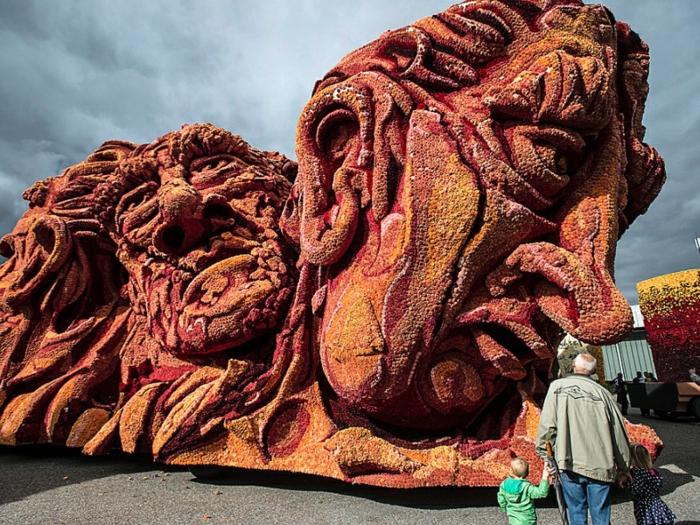 gartenskulpturen Bloemencorso Zundert blumenskulpturen