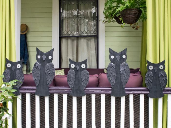 halloween deko außenbereich dekorieren schwarze eulen