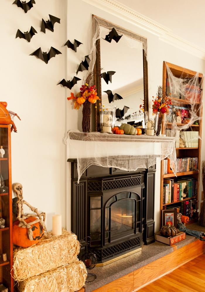 halloween deko fledermäuse wohnzimmer dekorieren kamin