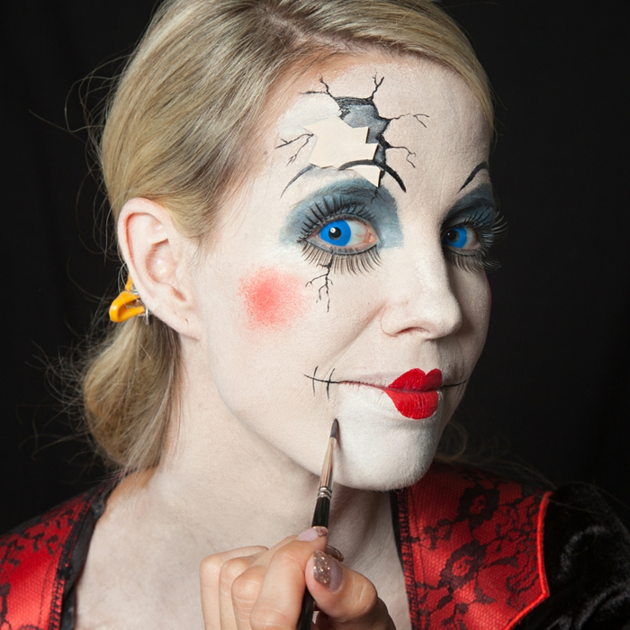 halloween kostüm make up zerbrochene porzellanpuppe