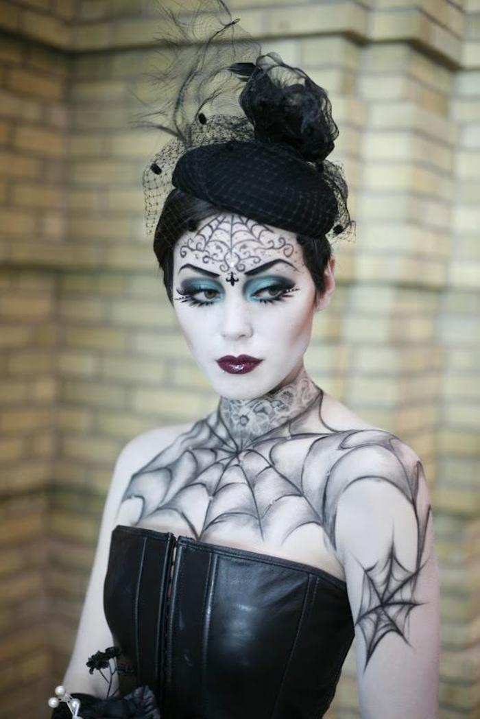 halloween schminkideen damen kostüme schwarz leder