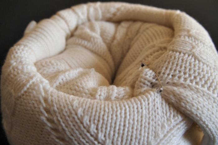 herbstdeko selber machen pullover sicherheitsnadel