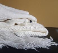 Herbstdeko selber machen – DIY Kürbisse aus dem alten Pulli anfertigen
