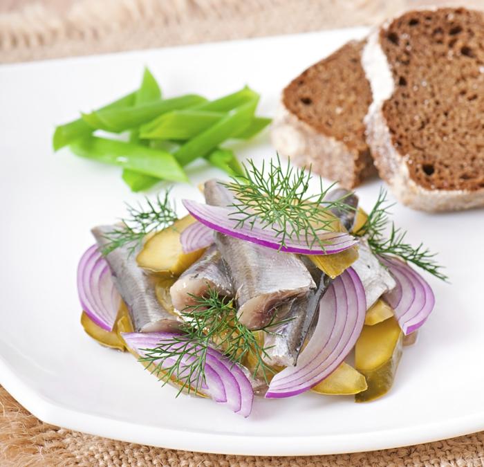 hoher blutdruck hering salat schwarzes brot