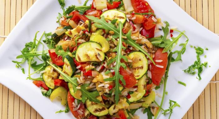 hoher blutdruck frisches gemüse gegrilte zucchini