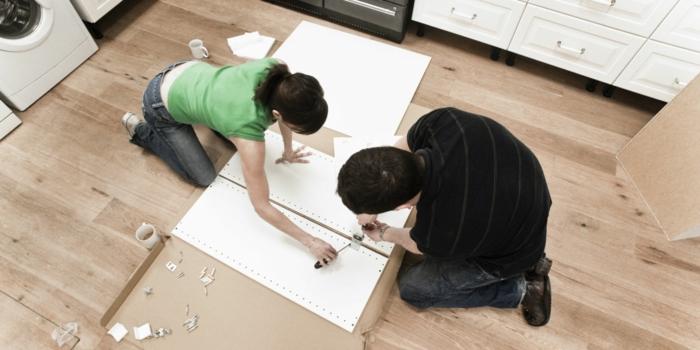 ikea m bel zusammenbauen es geht leicht und schnell mit einem 3d verbinder. Black Bedroom Furniture Sets. Home Design Ideas