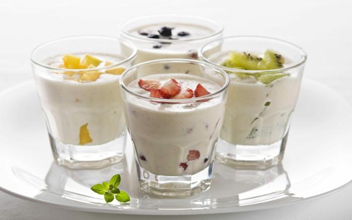 ist joghurt gesund naturjoghurt mit obst zum nachtisch