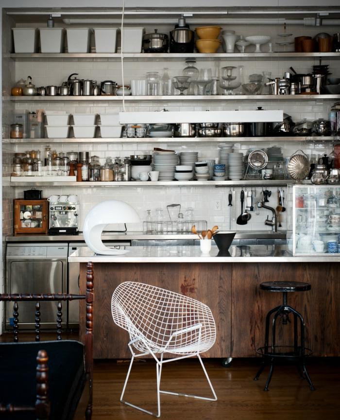 küchendesign ideen cooler stuhl holzakzente offene ragele