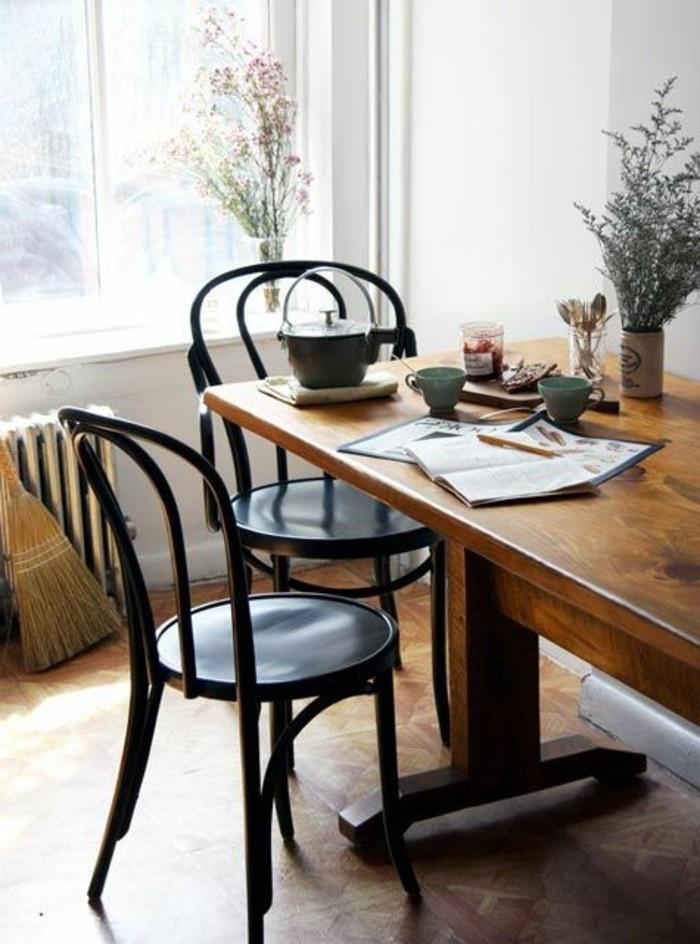 küchenstühle aus holz in schwarz für den modernen essbereich