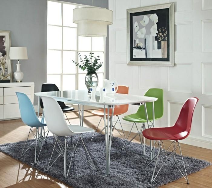 küchenstühle in verschiedenen farben kombinieren für ein ausgefallenes küchendesign