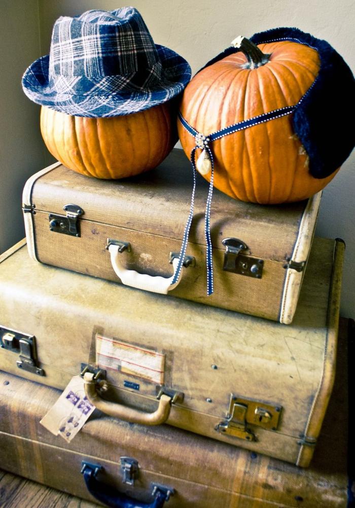 kürbis deko diy ideen vintage dekoration alte koffer