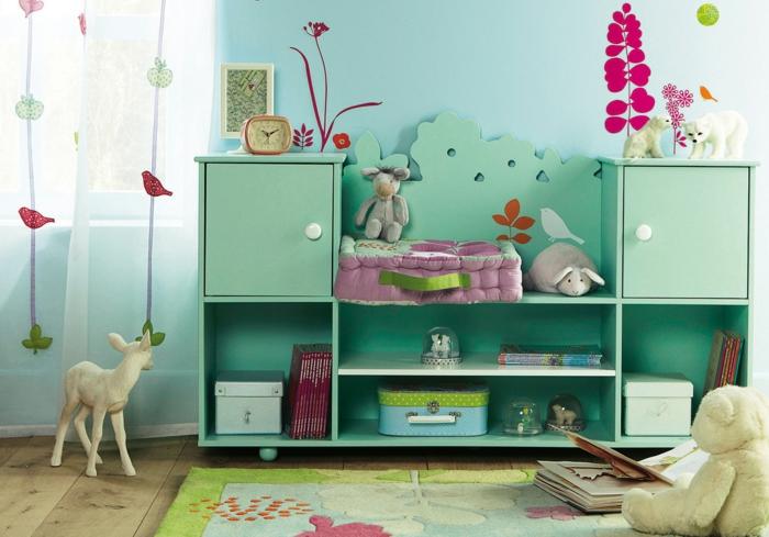 kinderzimmer ideen grüne möbel farbiger teppich schöne deko