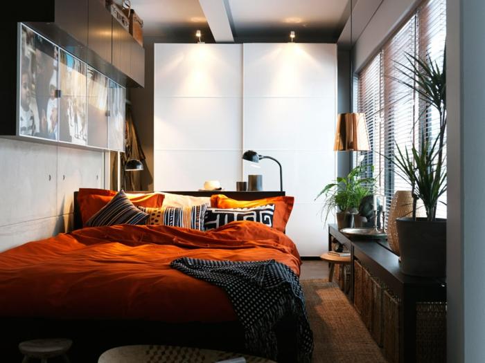 kleines zimmer einrichten orange bettwäsche pflanzen schlafzimmer