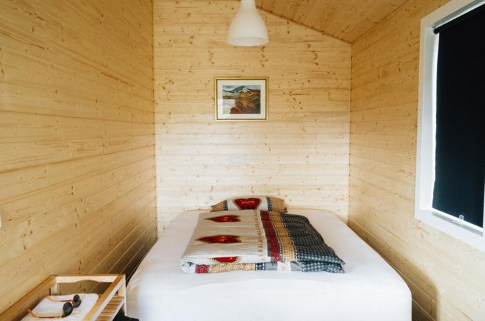 kleines schlafzimmer einrichten nehmen sie die herausforderung an. Black Bedroom Furniture Sets. Home Design Ideas