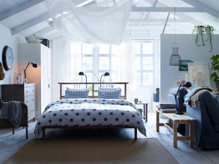 klines zimmer einrichten schlafzimmer kommode offener wohnplan lampen