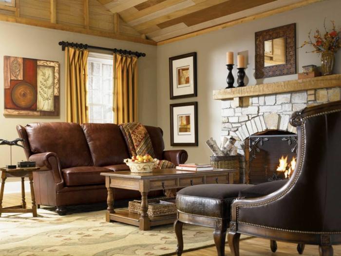 landhausstil möbel ledermöbel wohnzimmer kamin lange gardinen