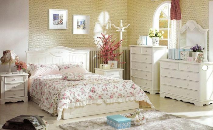 landhausstil schlafzimmer weiße möbel schöne muster