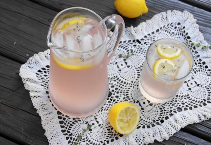 limonade selber machen eiswürfel lavendel