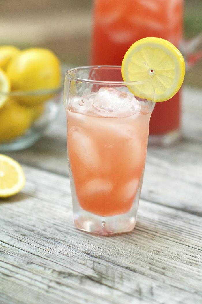 limonade selber machen erdbeerkofitüre frische erdbeeren