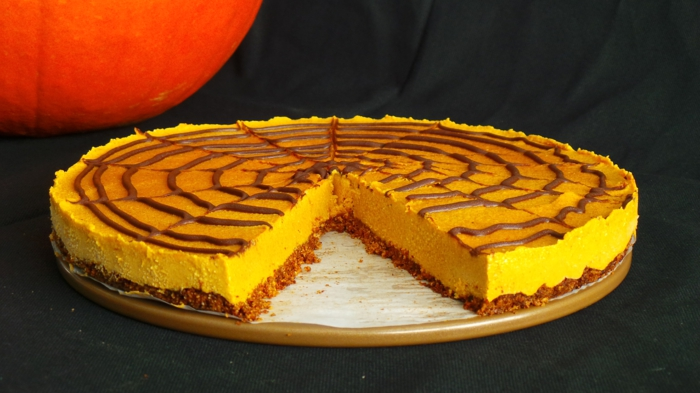 low-carb-rezepte-kürbis-torte-halloween