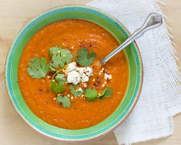 low carb rezepte kürbissuppe koriander chilli