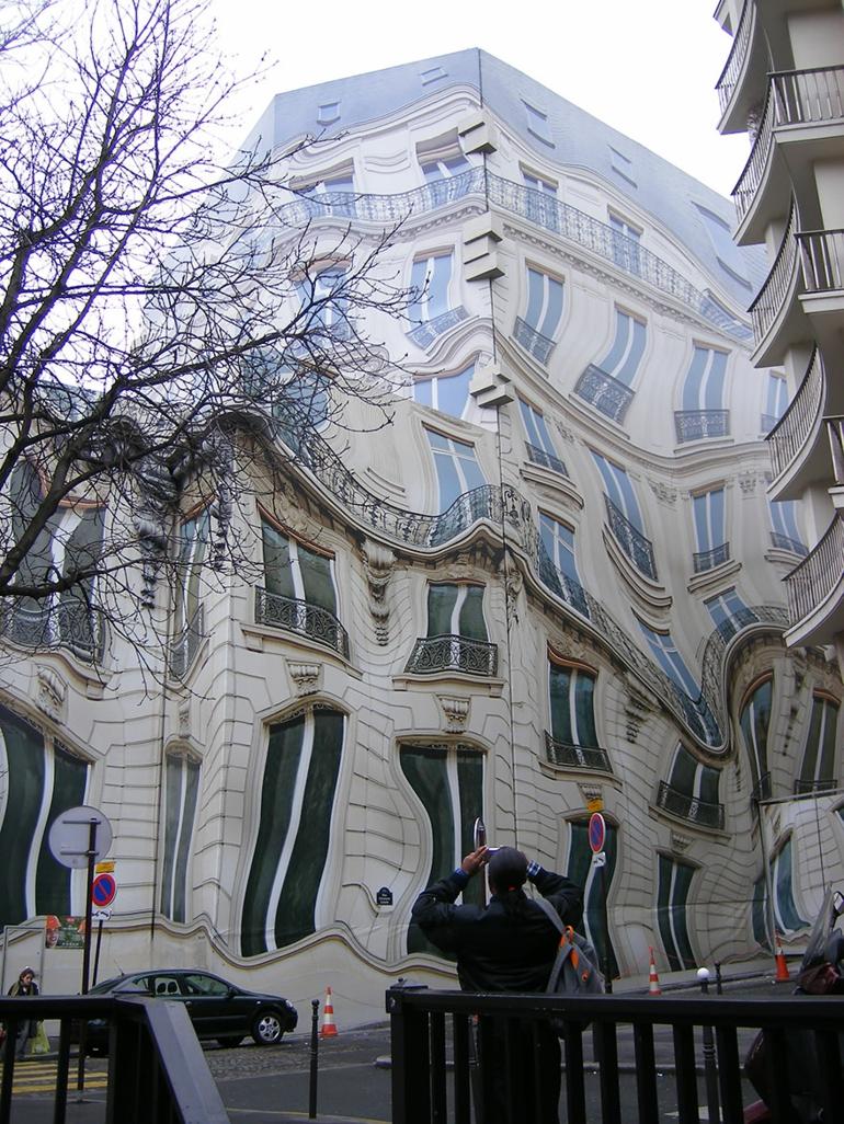 optische täuschungen bilder schöne naturbilder gebäude in paris
