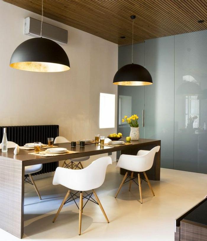 penddelleuchten esszimmer beleuchten weiße küchenstühle