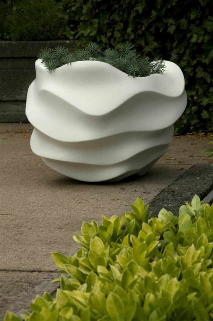 pflanzkübel modern weiß garten pflanzen