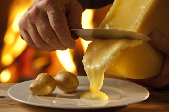 raclette rezepte schmelzkäse pellkartoffel